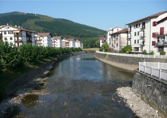 Acondicionamiento y limpieza de  los ríos Ezpelura, Ezkurra y Bidasoa a  su  paso por Doneztebe-Santesteban (Navarra